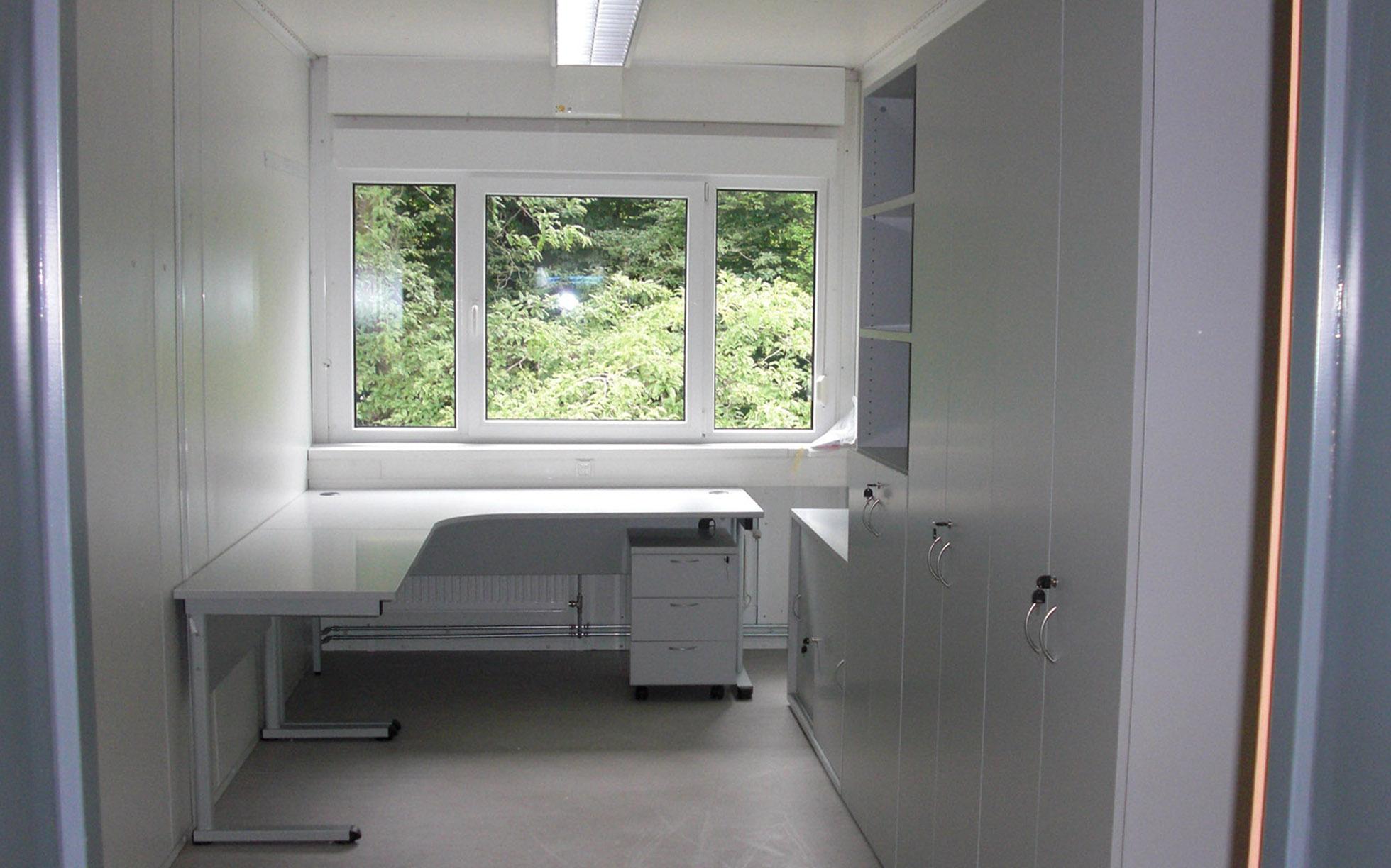 containerbauten baubaracken. Black Bedroom Furniture Sets. Home Design Ideas