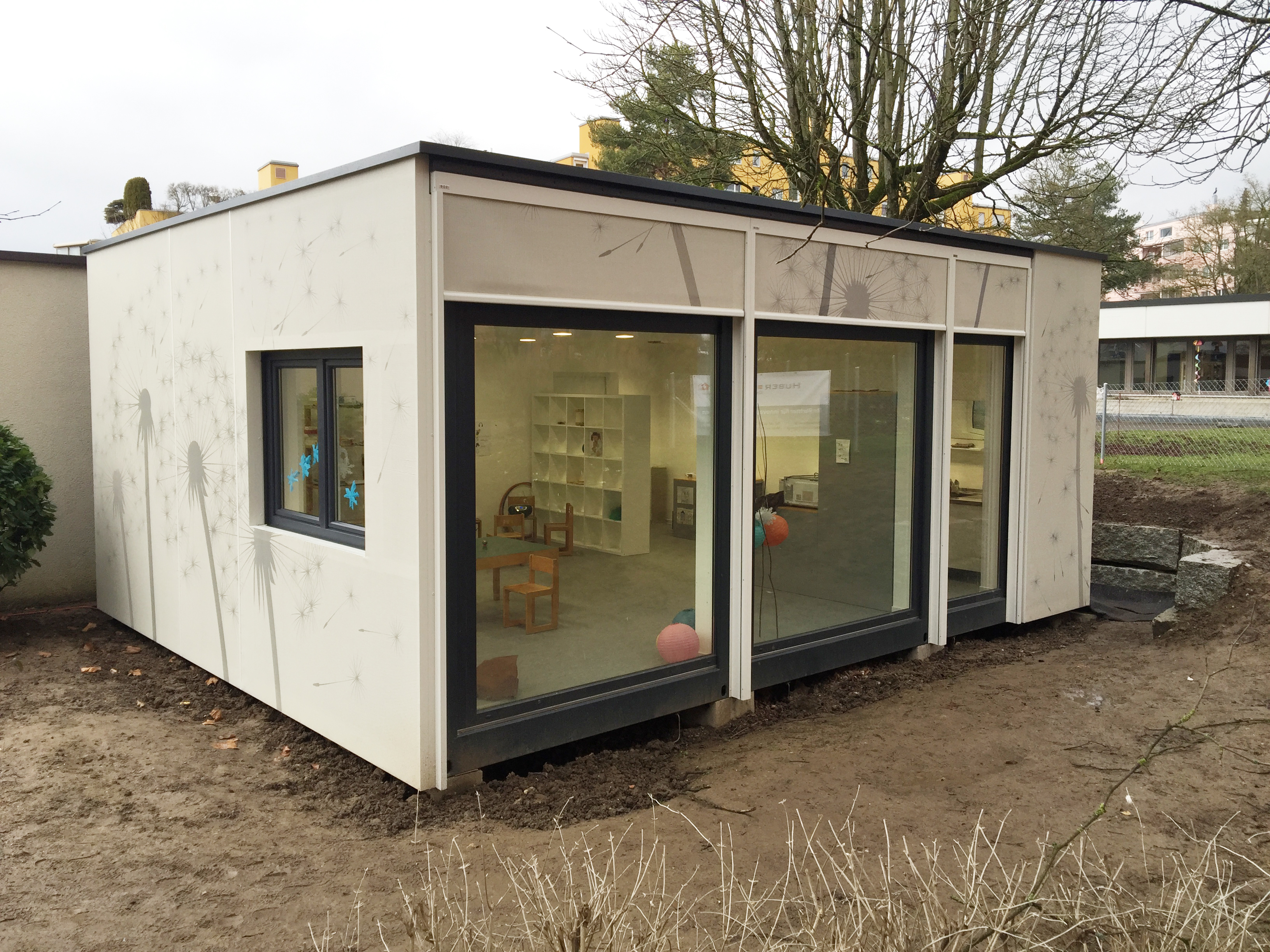 Referenz container f r kinderg rten for Fertig container haus